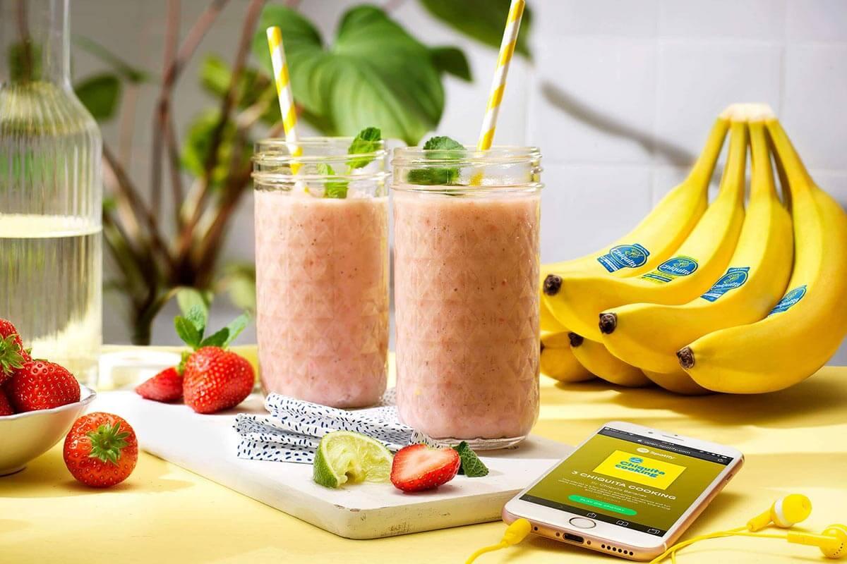 Smoothie met Chiquita-bananen en aardbei