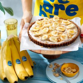 Eenvoudige taart met Chiquita bananen